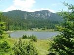 Смолянчани потърсиха прохлада на Езерата в нетипичната майска жега