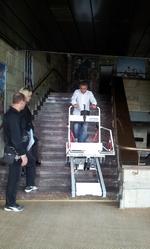 Сградата на РДТ вече разполага със стълбищен робот в помощ на хората с увреждания