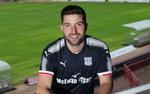 """Защитникът от Рудозем Костадин Гаджалов: """"Не се и замислих дали да преподпиша с Дънди, В Шотландия съм щастлив"""""""