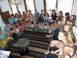 """Участници в младежкия обмен между побратимените Смолян и Кишпещ посетиха къщата-музей """"Ласло Наги"""" в Райково"""