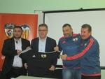 """ФК """"Палас"""" вече е в сътрудничество с Global Premier Soccer и ФК """"Валенсия"""""""