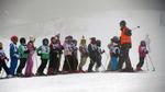 Над 450 деца ще се учат безплатно да карат ски в Смолянско