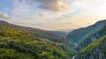 Ридът Дъбраш впечатлява с множество природни феномени