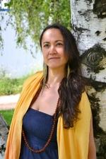 Аюрведа в Родопите: Интервю с Аюрведа терапевта Юлиана Драгова
