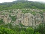 Причудливите скали край Дъждовница ни изпращат в други светове