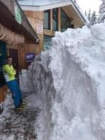 Снегът в Пампорово достига 2 метра