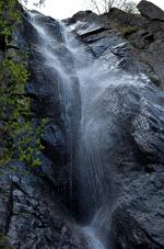 Устински водопад - среща с една древна и красива гледка