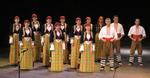 """Ансамбъл """"Родопа"""" изправи на крака публиката в зала 1 на НДК"""